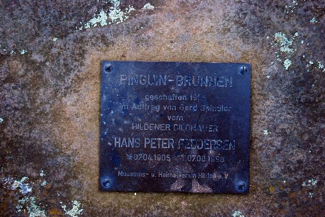 Pinguinbrunnen, Hilden